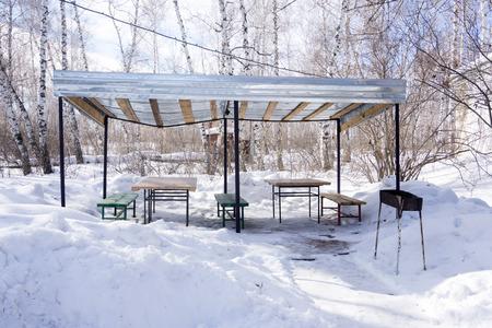 gazebo: gazebo picnic area, winter
