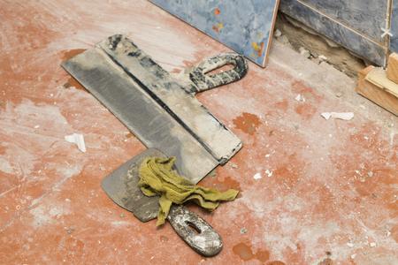 tools repair wall tiles