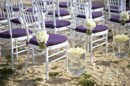 wedding chairs: wedding setting
