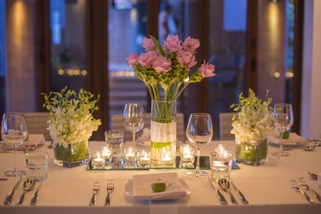 wedding table setting: Wedding table setting