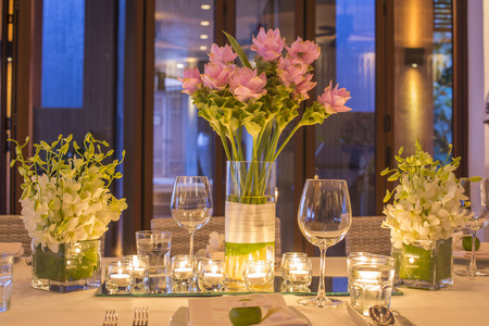settings: Wedding table setting