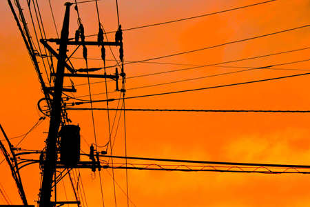 telegraphs: Electric wire