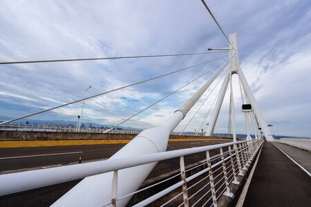 tamsui river bridge road