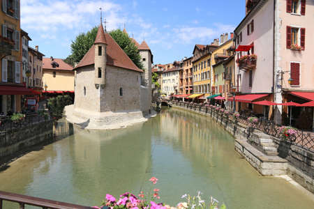 The Palais de l'Isle and the Thiou quays in Annecy.