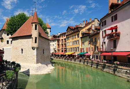 The quays of Thiou in Annecy.