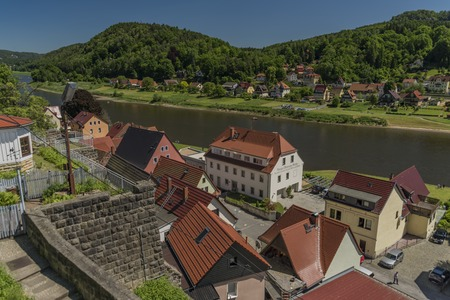 saxon: Stadt Wehlen in valley of river Labe or Elbe in spring sunny day Stock Photo