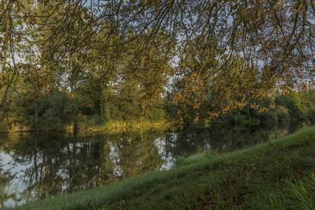 terezin: Estate sera calda nei pressi della città di Terezin e del fiume Ohre