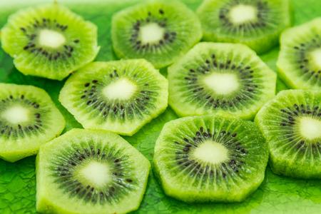 Slices of fresh kiwi fruits Stockfoto