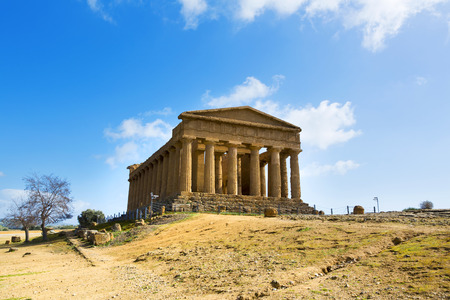 valley of the temples: Temple of Concordia. Valley of the Temples in Agrigento on Sicily, Italy Stock Photo