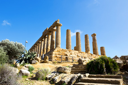 valley of the temples: Temple of Juno. Valley of the Temples in Agrigento on Sicily, Italy