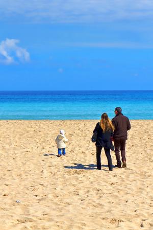 mondello: Rilassatevi sulla spiaggia, primavera a Mondello, Palermo, Sicilia