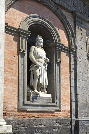 reale: Sculpture at the Royal Palace in Naples, Piazza del Plebiscito