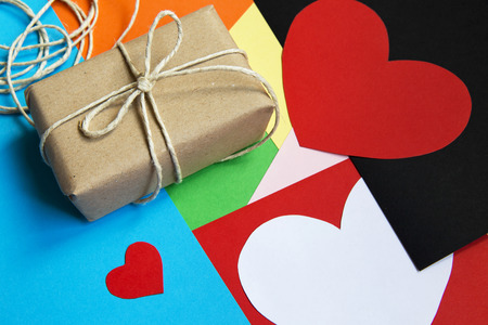 pack string: Gift box for Valentines Day