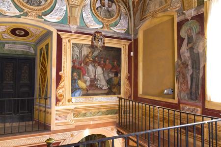 benedictine: La abad�a benedictina de Monte Oliveto en Toscana, Italia