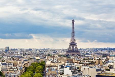 Panoramisch uitzicht van Parijs van de Arc de Triomphe Stockfoto