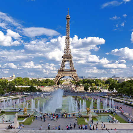 Beautiful view of Eiffel Tower from the Trocadero Imagens