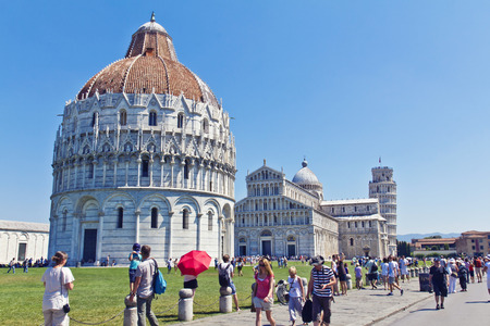 piazza dei miracoli: PISA, ITALY, August 14, 2011: Piazza dei Miracoli complex with the leaning tower of Pisa