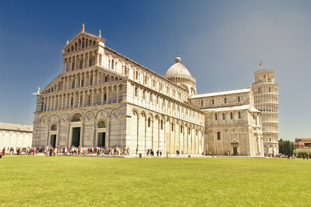 dei: Piazza dei Miracoli complex with the leaning tower of Pisa
