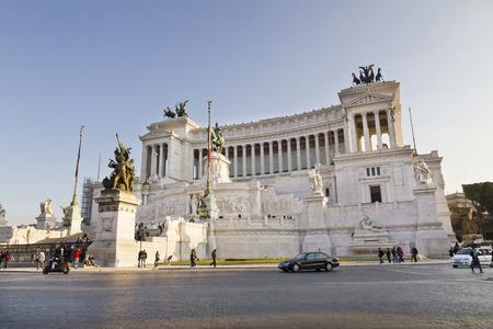 altar of fatherland: National monument to Vittorio Emanuele II (Victor Emmanuel II) or Altare della Patria (Altar of the Fatherland), Rome, Italy