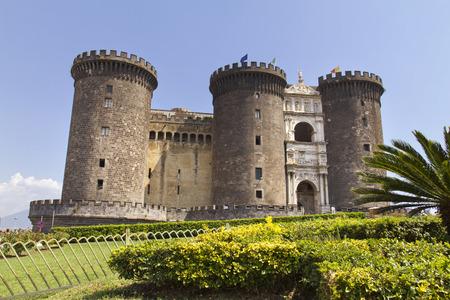 Het middeleeuwse kasteel van Maschio Angioino of Castel Nuovo (New Castle), Napels, Italië. Redactioneel