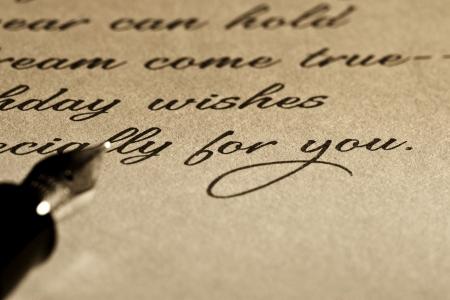 carta de amor: Pluma estilogr�fica sobre Carta Vieja.