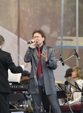 S  PETERSBURG - JUNE 11  Singer Albert Asadullin on memoriam concert of M  Magomaev  Thank you  on June 11, 2012 in S  Petersburg, Russia Stock Photo - 15080102