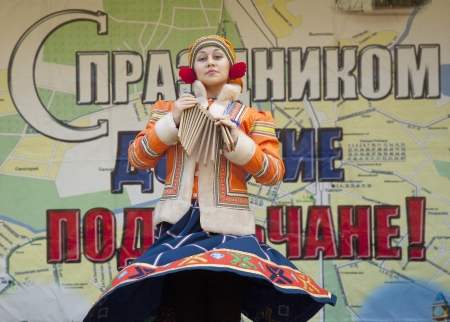 PODOLSK - OCTOBER 7: Russian folk ansamble of dance Rainbow dance  on event of day of Podolsk on October 7, 2012, Podolsk, Russia Stock Photo - 16151904