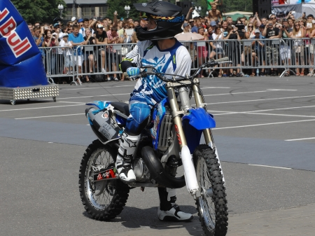 MOSCOW - JULY 13  Anton Smirnov on city event Sport of Moscow passing in Luzhniki, Motofreestile FMX place, on July 13, 2013, in Moscow, Russia Stock Photo - 21242696