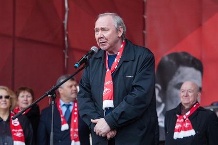 spartak: RUSSIA MOSCOW  APRIL 18: Oleg Romantsev legendary coach of Spartak team speak on event of 80th anniversary of Spartak team in Luzhniki Moscow Russia 2015