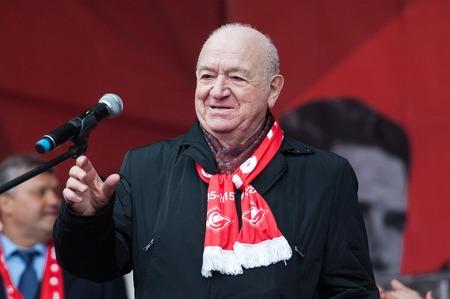 spartak: RUSSIA MOSCOW  APRIL 18: Legend of Spartak team Nikita Simonyan speak on event of 80th anniversary of Spartak team in Luzhniki Moscow Russia 2015
