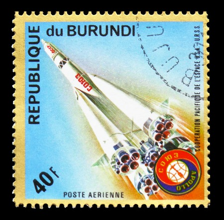 """MOSCOW, RUSSIA - SEPTEMBER 15, 2018: A stamp printed in Burundi shows Soyuz launch, """"Apollo–Soyuz"""" Space Project serie, circa 1975 Editorial"""