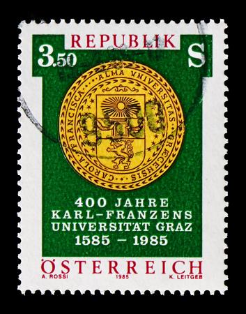 Moscú, Rusia - Agosto 18, 2018: muestra un sello impreso en Austria, serie, circa 19