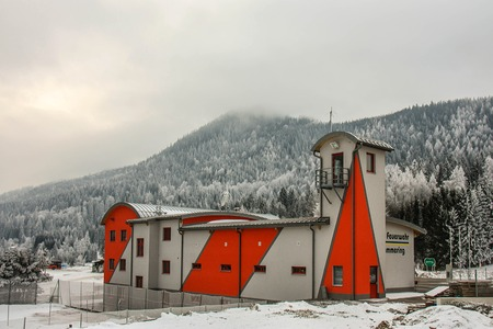 Semmering, Austria: building of the voluntary fire brigade of the skiing kurort in winter day Stock Photo - 111379384