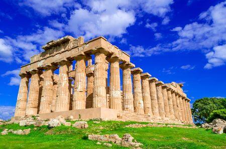 Ruines de Sélinonte du temple grec en Sicile, Italie, Grèce antique. Banque d'images