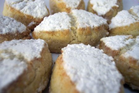 Ricciarelli di Siena Italian almond cookies