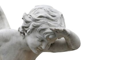 angelo custode: Angelo looking out isolato su sfondo bianco con copia-spazio