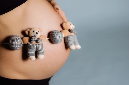 s stomach: pregnant woman