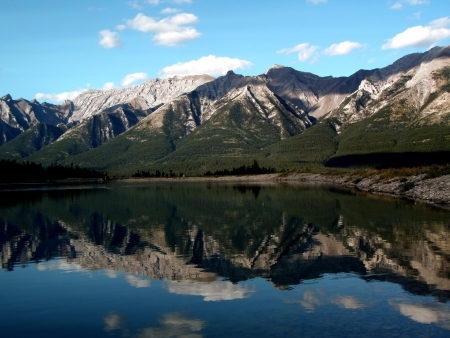 alberta: Canmore Mountains