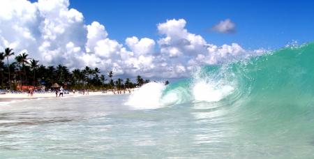 Big  Waves Editorial