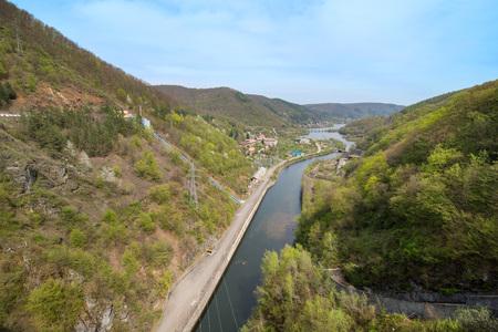 River at hydroelectric dam in Romania, Cluj Napoca. Imagens - 118775997