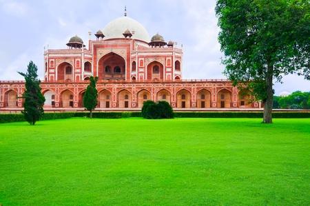tumbas: Tumba de Humayun. India, Delhi, Uttar Pradesh. Arquitectura mogol de 1565-72 A.D.India, Delhi, Uttar Pradesh.