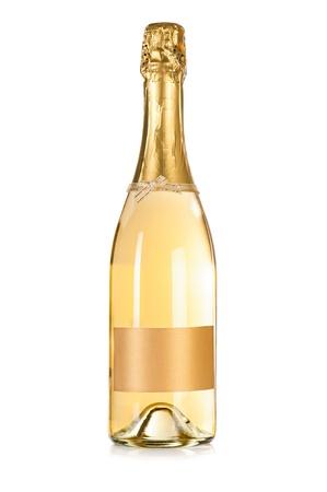 bouteille champagne: Bouteille � bouchon de champagne avec une �tiquette vide isol� sur le fond blanc