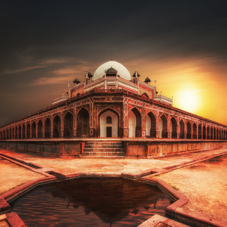 mughal architecture: Humayun`s Tomb at sunset. Amazing Mughal architecture of 1565-72 A.D. India, Delhi, Uttar Pradesh Stock Photo
