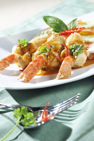 Red curry shrimp fried photo
