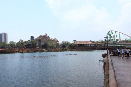theme park: The lake at Nanchang Wanda theme park