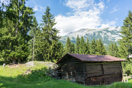 barn in the mountains wit panoramic view