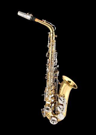 blaasinstrument: Tenor Sax, wind instrument. Op een zwarte achtergrond.