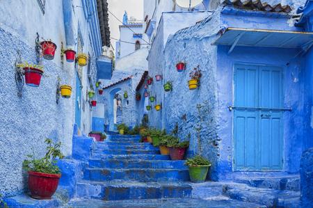シャウエン、モロッコの青い真珠の美しいメディナ