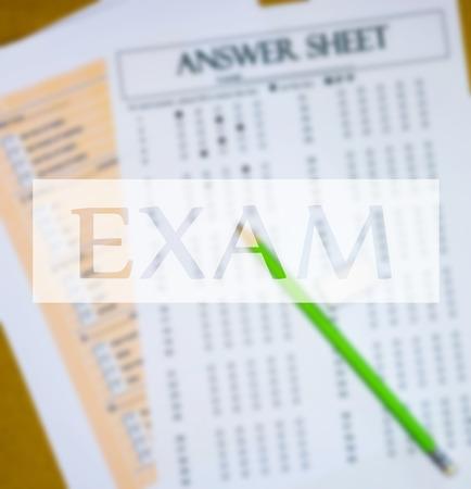 bovenaanzicht van engels tekstvak dan vervagen vragen en antwoordblad