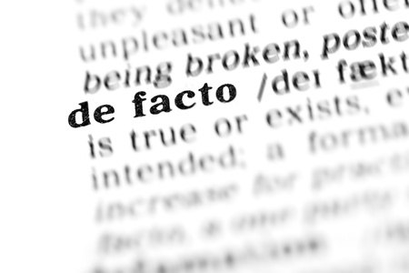 facto: de facto  (the dictionary project, macro shots, shallow D.O.F.) Stock Photo